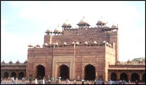 Buland Darwaza, Fatehpur Sikri, Fatehpur Sikri India, Fatehpur Sikri Hotels, Places to see in Fatehpur Sikri, Places to stay in Fatehpur Sikri, Fatehpur Sikri Tourism, Visit Fatehpur Sikriff